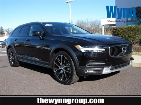 Pre-Owned 2019 Volvo V90 Cross Country T6 AWD